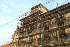 Serve la concessione edilizia per tinteggiare la facciata?