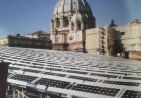 Pannello fotovoltaico libero sul tetto