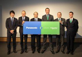 Nasce la partnership Panasonic-Schneider
