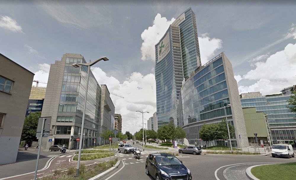 via-Sassetti-Milano